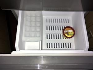 AQUA AQR-13G 冷凍室1